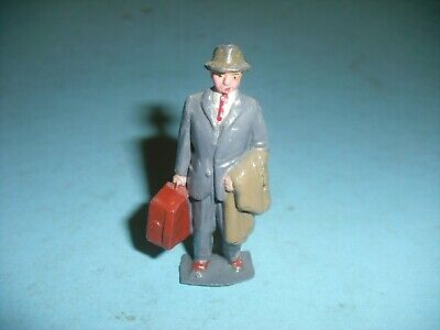 Britain's / Hill Or Similar -Vintage Lead Gentleman With Case  { D } • 9.99£