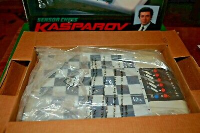 **Saitek Kasparov Sensor Chess Electronic Chess 1991 Vintage Game**  • 45£