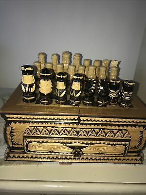Vintage Wooden Chess Set ( Very Unusual)  • 10£
