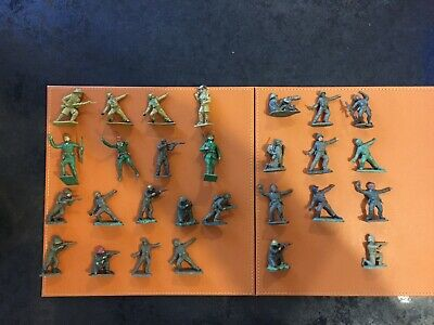 Small Selection Of Vintage Plastic Soldiers - Cherilea, Lone Star & Others • 2.99£