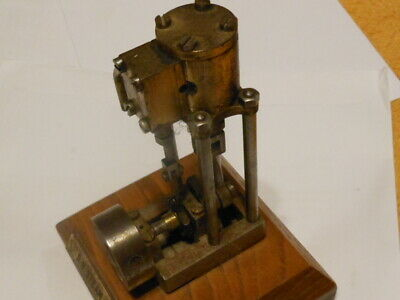 Vintage Model Upright Steam Engine • 135£