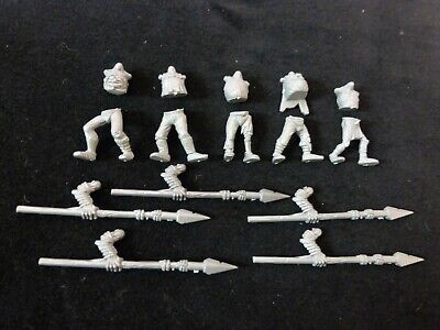Warhammer Vampire Counts / Deadwalkers Zombies Multi Parts Listing • 1.99£