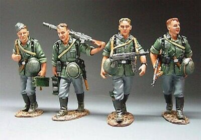 King And Country Wss040 Ws040 Walking Infantry - 1:30 Scale German Forces Wwii • 169.99£