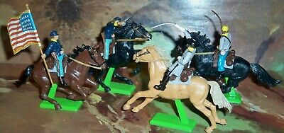 4 X Britains Deetail ACW Confederate & Union Cavalry Figures Mounted On Horses • 29.75£