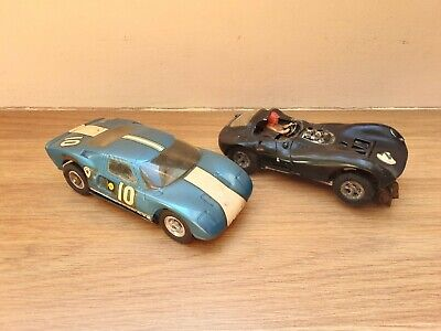 VINTAGE SLOT CARS X 2  ,  SPARES OR REPAIRS  , FORD GT , SCALEXTRIC  • 17£