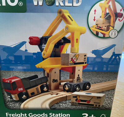 Brio World Freight Good Station 33280 Wooden Train Thomss • 17.50£