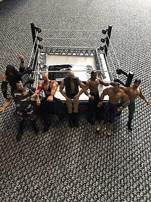 Wrestling Figures And Ring • 7.60£