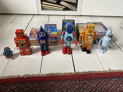 6 Windup Tin Robots Includes Bender From Futurama With Boxes • 1.20£