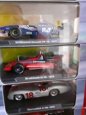 17 Boxed Formula 1 Diecast Cars • 135£