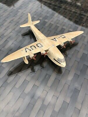 Dinky Toys Empire Flying Boat • 10£