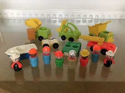 Vintage Fisher Price Little People  Bundle With Figures • 8£