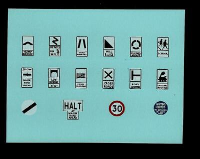 Spot-on Road Signs Transfers/decals • 3£