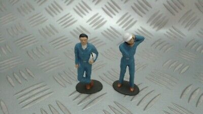Scalextric Vintage Pinks Pit Crew Drivers X 2 In Good Condition • 7.50£