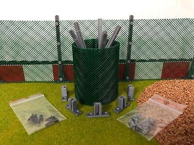 Scalextric Net Fencing With Posts And Base Supports - Straight • 7.90£