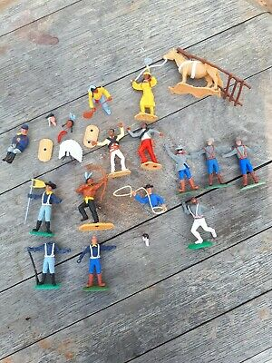 Timpo Plastic Toy Soldiers • 9.50£