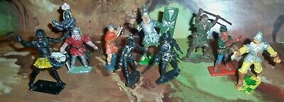 Job Lot Of Vintage Various Plastic Figures Robin Hood, Cavaliers, Tribesman Etc. • 14.75£