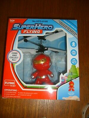 Super Hero Flying Toy • 5£