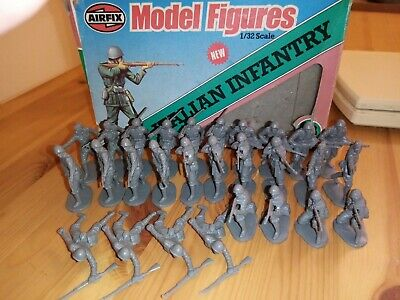 Airfix WW2 Italian Infantry  1/32nd Scale 28 Figures • 11.75£