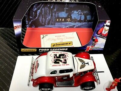 Pioneer Slot Car P118 Racing Legends 34 Ford Coupe Christmas Edition     • 49.95£
