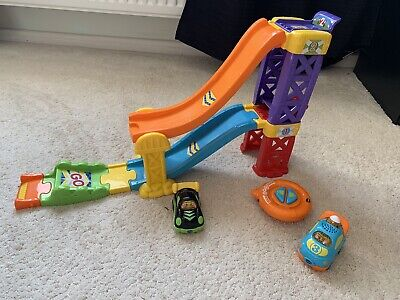 Toot Toot Drivers Race Ramp And Remote Control Car ✨ • 10.50£