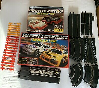 Scalextric Bundle - MIGHTY METRO, SUPER TOURERS Plus Lots Of Extra Track • 16.70£