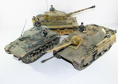 Forces Of Valor /Unimax GERMAN TIGER Tank Collection 131 223 Military War Models • 52£