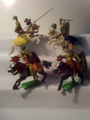 BRITAINS 4x MOUNTED KNIGHTS , ALL WITH WEAPONS  . C 1970's  . S.18 • 8.99£