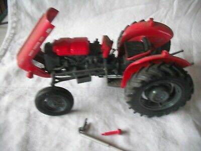 Universal Hobbies MASSEY FERGUSON MF 35X 1:16 Scale Model Boxed At Fault • 39.99£