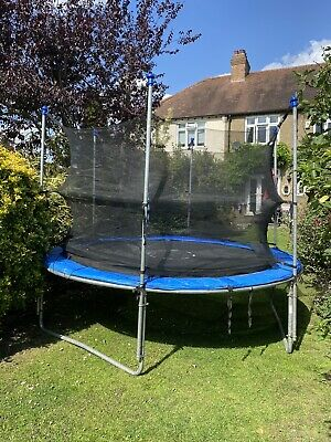 10ft Trampoline With Safety Net • 85£