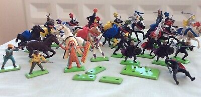 Britains Deetail Figures Horses Cowboys Indians Knights Turks 28 Plus 4 Bases • 14.50£