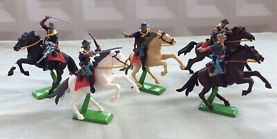 Britains 7th Calvary Mounted Figures Black White Beige Brown Horses Soldiers • 19£