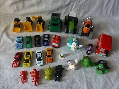 Mixed Bundle Of Toy Cars And Figures • 5.99£