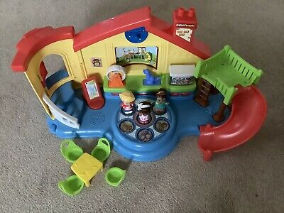 Fisher-Price Little People Musical Pre-school Activity Playset • 6£
