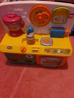 Chicco Talking Kitchen With No Accessories. Excellent Condition. • 4£