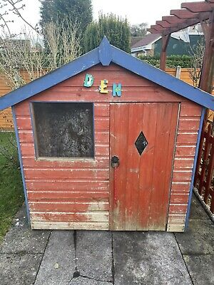 Childrens Wooden Wendy House • 50£