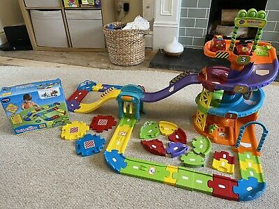 *** Vtech Toot Toot Parking Tower With Extra Track And 2 Cars *** • 15£