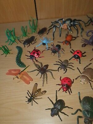 Insect/Bug Figures Bundle - 50, Toy / Educational / Tricks • 3.80£