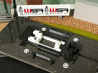 SCX Ford Escort Mk2 CHASSIS & LONG-CAN MOTOR MOUNT POD • 18.80£