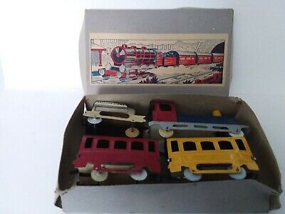 TINPLATE FRENCH 4 PIECE TRAIN SET 1920's IN ORIGINAL BOX • 35£