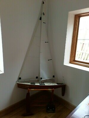Beautifully Built Remote Control Sailing Yacht With Radio Controller And Stand • 99£