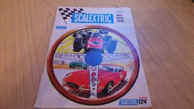 SB215: Scalextric 9th Edition Catalogue • 15£