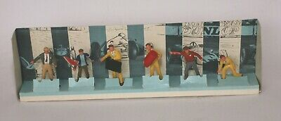 Scalextric Track And Pit Crews F300. Boxed With Inner • 50£