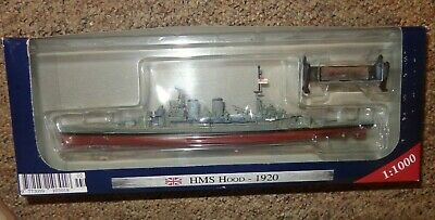 WARSHIPS OF WW11 COLLECTION HMS HOOD 1920   1:1000 SCALE.  Boxed  • 10£