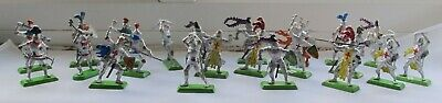 Britains 22 Deetail Knights In Armour On Foot Made In England 1971 • 5.19£