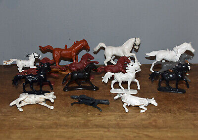 Small Collection Unbranded Mounted Toy Soldiers Horses For Toy Soldiers • 5£