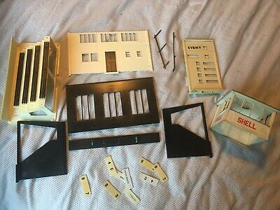 Scalextric Tri-ang Buildings Time Keeping Board And Grandstand Unboxed • 10.50£