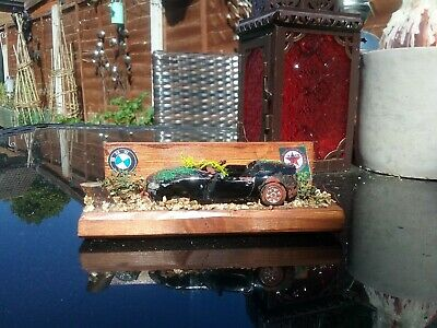 A  Classic  Old Bmw Z4   Stolen  And Dumped  Scene  Diorama  • 7.99£