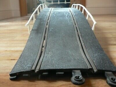 Scalextric 1970s Classic Track HIGH HUMP BACK BRIDGE C111 (COMPLETE) BOXED • 15£