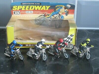 BRITAINS LTD SPEEDWAY METAL RIDERS X 4 NUMBER 9650 BOXED • 1£