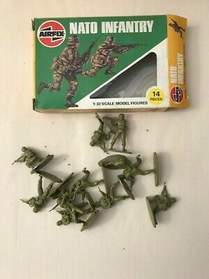 AIRFIX SOLDIER 1/32 MODERN NATO INFANTRY As Seen • 5.50£